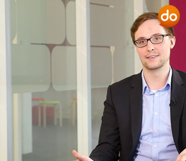 Sven Ahlers, Data Strategist