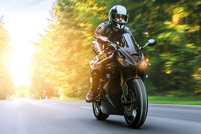 Motorradversicherung Gunstig Online Abschliessen Axa