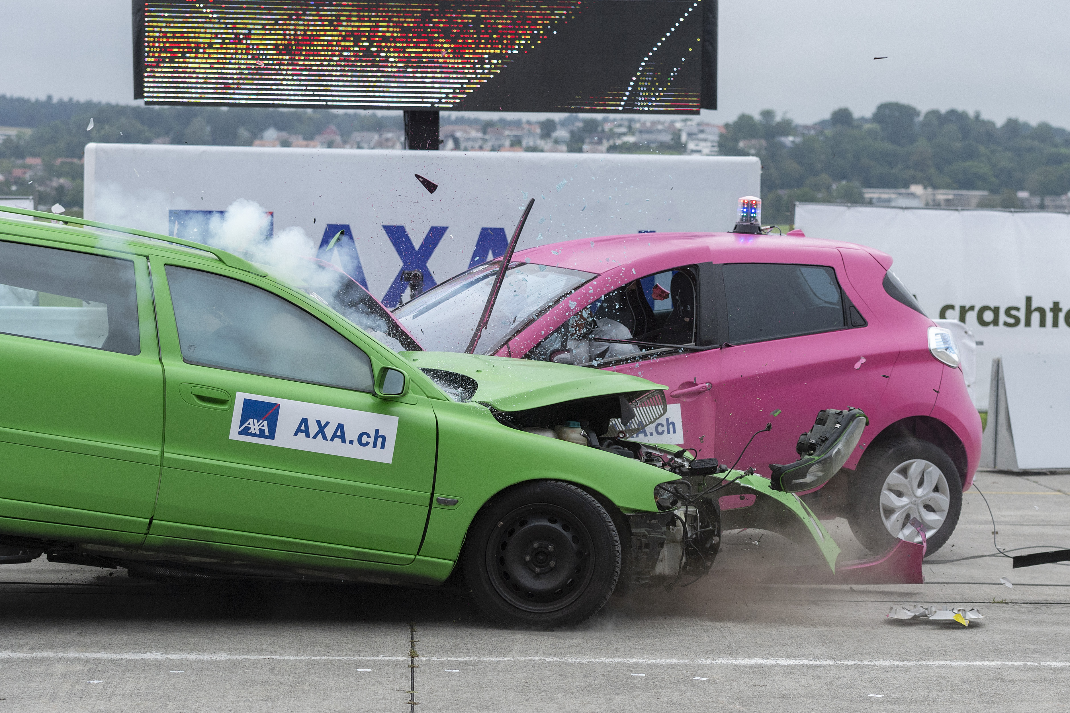 Crashtests 2019: Crash mit E-Auto